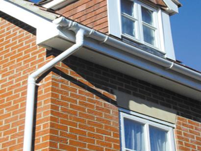 560351-roof-repairs-romford-essex-e.-wager-roofing-contractors-co.-ltd-guttering